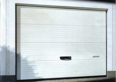 Henderson G60 Insulated Garage Door – Ribbed
